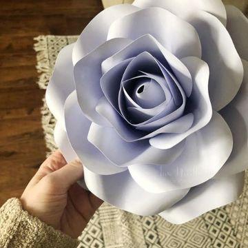 rosas de cartulina para decorar matrimonios