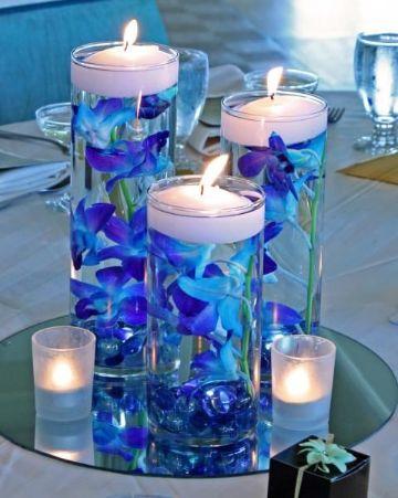 flores azules para centros de mesa diferentes