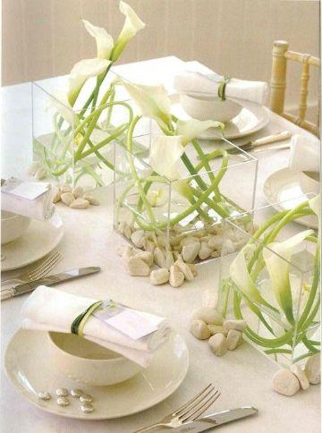 flores blancas para centro de mesa de bodas
