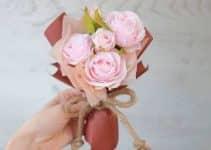 2 estilos de ramos de rosas para niñas sencillos