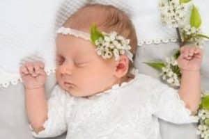 4 estilos de batas de bautizo para bebes