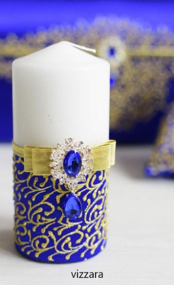 centros de mesa azul rey con velas