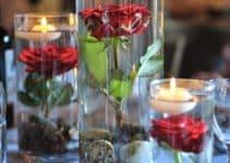 4 hermosos centros de mesa con velas flotantes para bodas
