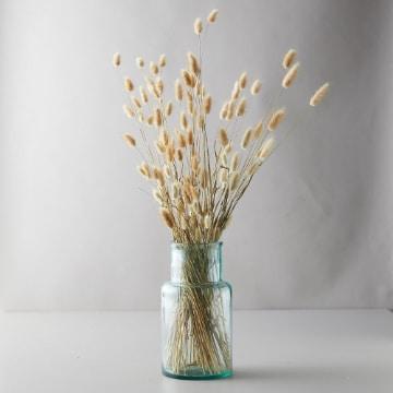 como hacer centros de flores secas para salon