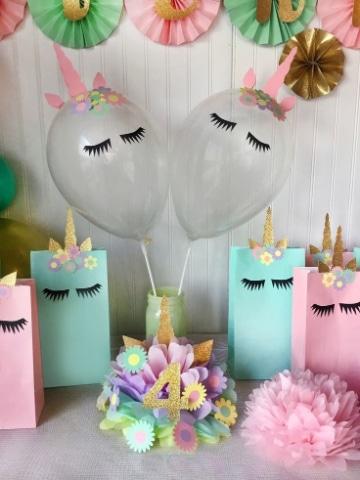 adornos con globos de unicornio faciles