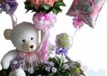 4 ideas para hacer arreglos florales con peluches y globos
