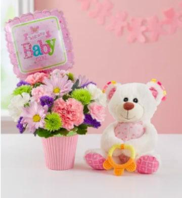 arreglos florales con peluches y globos sencillos