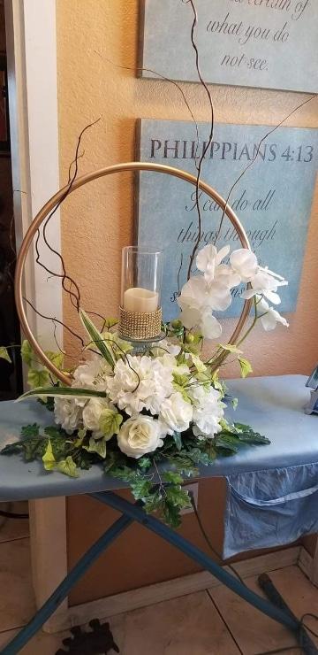 centros de mesa con aros para bodas