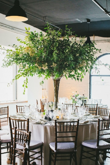 centros de mesa con hojas verdes ideas