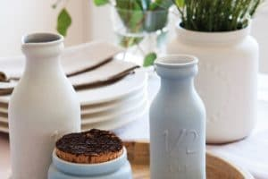 4 hermosos centros de mesa con jarrones de barro