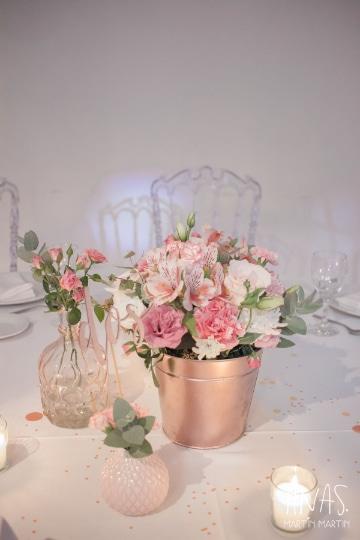 centros de mesa de cristal con flores para bodas