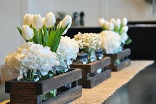 centros de mesa con huacales para bodas
