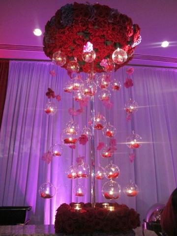 centros de mesa con nube y rosas increibles