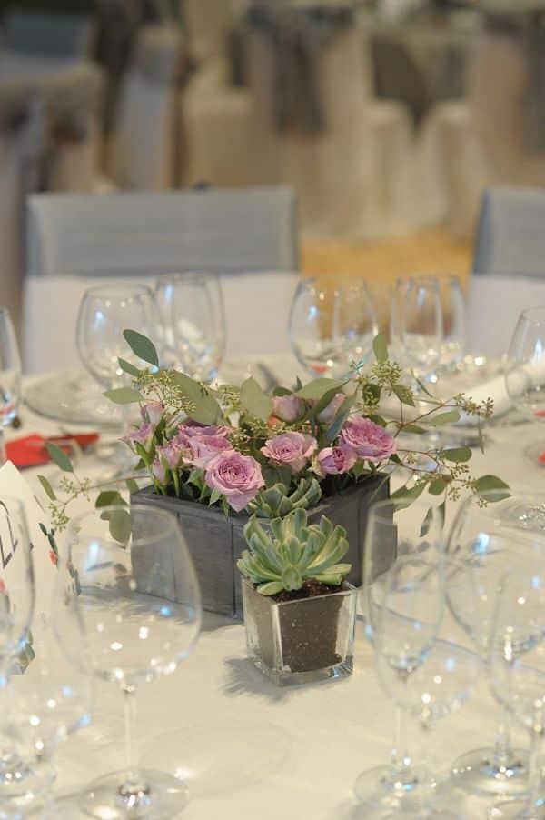 arreglos de mesa con cactus para bodas