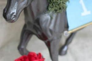 4 centros de mesa con caballos para fiestas
