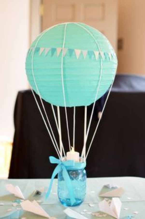 centros de mesa con globos chinos para baby showers