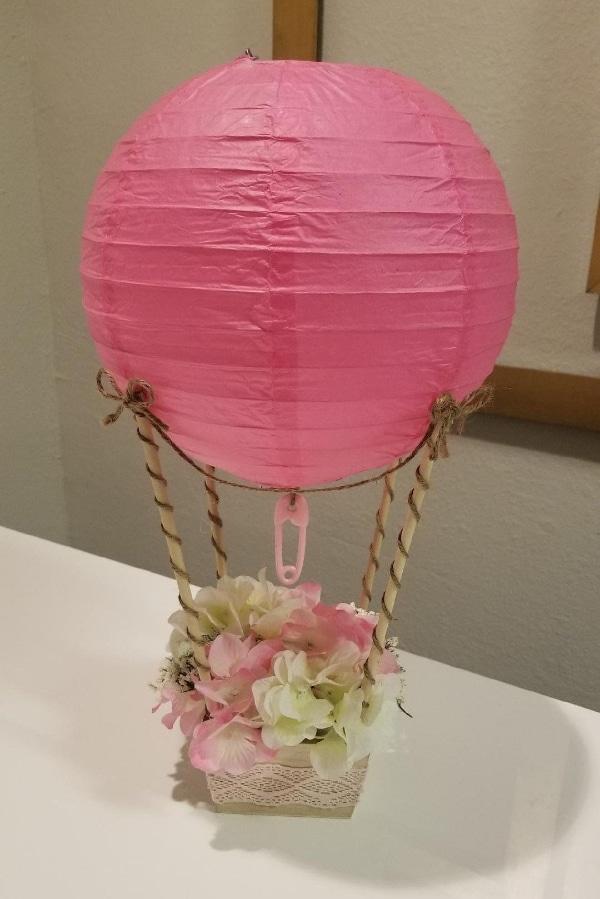centros de mesa con globos chinos para fiestas de niñas