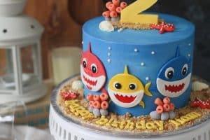 4 estilos de centros de mesa de baby shark