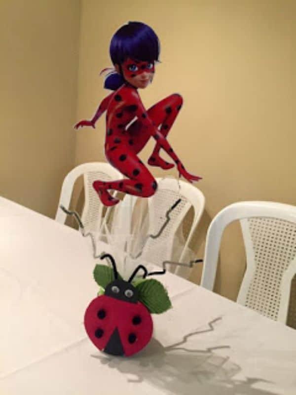 centros de mesa de ladybug para fiestas