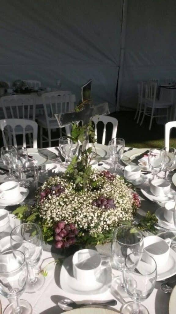 centros de mesa con uvas para bodas