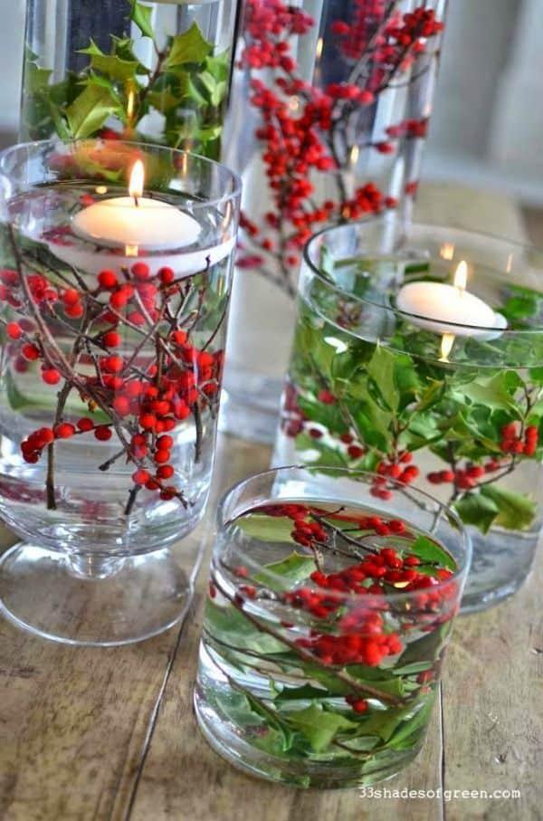 centros de navidad con acebo y agua