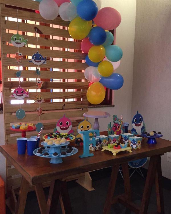 adornos de cumpleaños de baby shark para fiestas