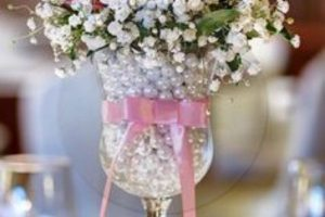 4 centros de mesa con perlas para destacar tu decoracion