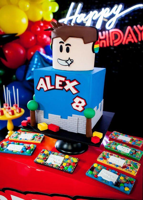 ideas para una decoracion de cumpleaños de roblox