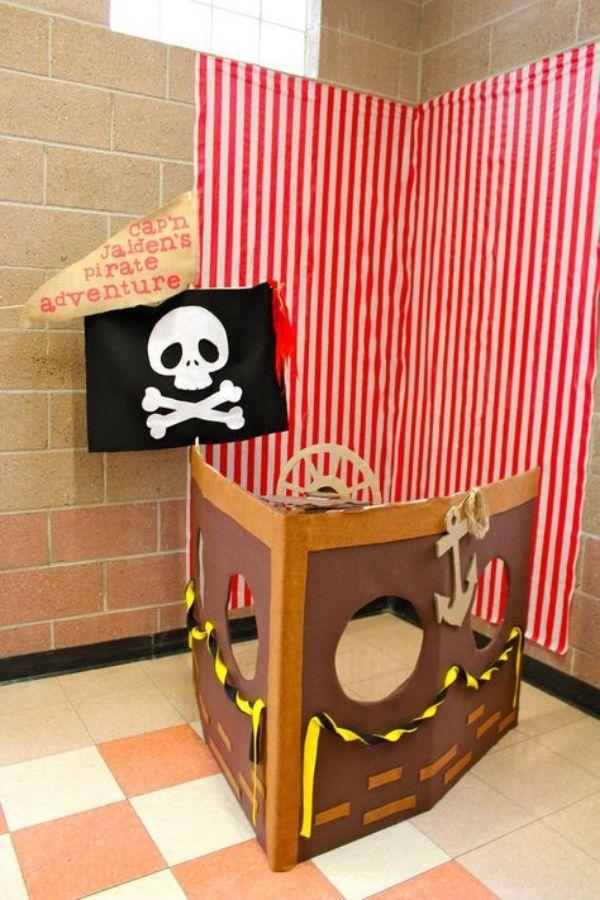 Decoracion de piratas para niños con cajas