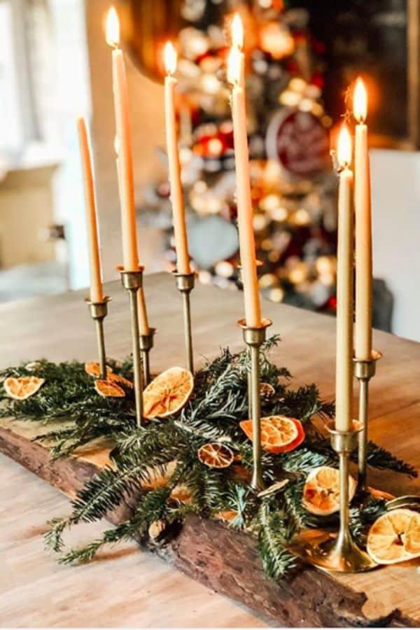 decoracion de mesa de navidad con dorado