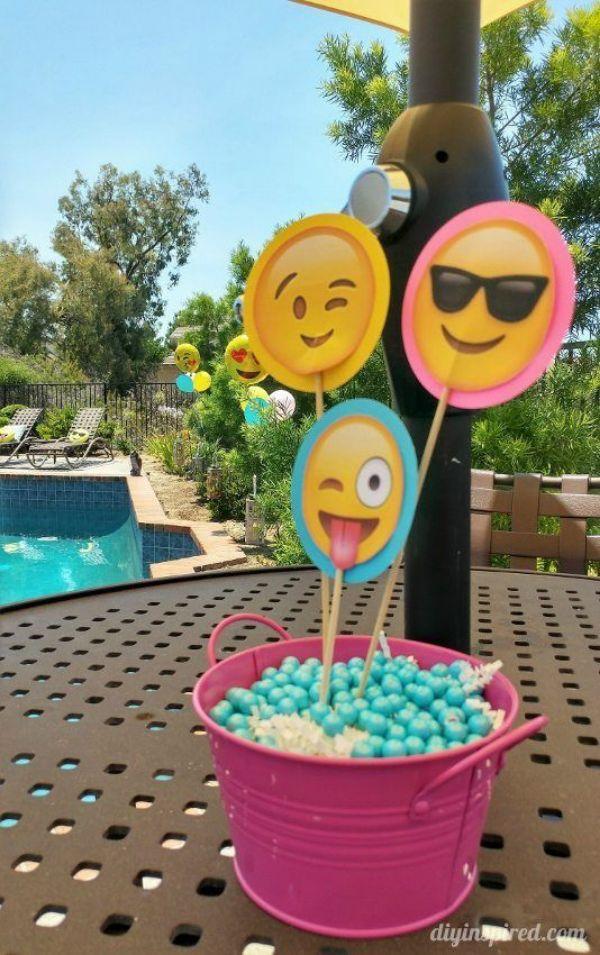 centros de mesa de emojis simples
