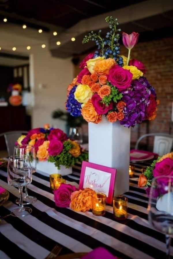 centros de mesa de frida kahlo con flores