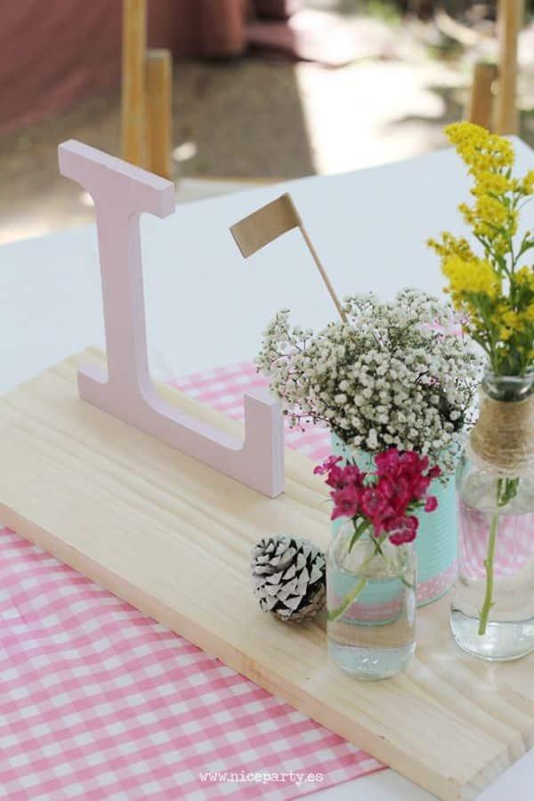 centros de mesa de nena con madera