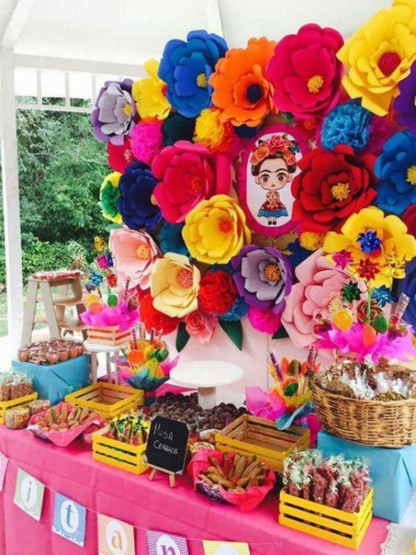 centros de mesa frida kahlo con flores